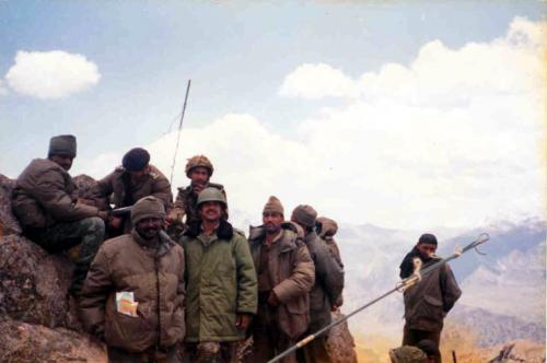 Captain Akhilesh Saxena At Real War Front Of Kargil War (2)