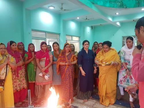Inspiring Mantra Vijay diwas Celebration with  Veer Nari  (6)-min
