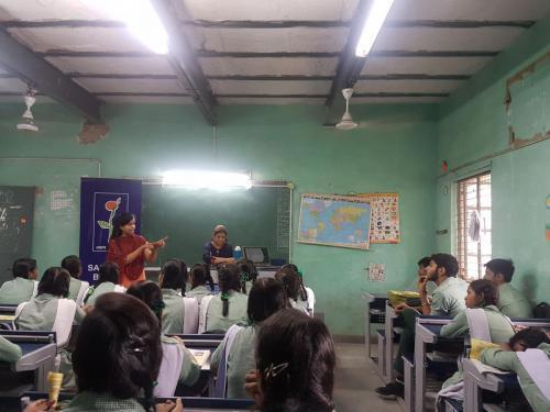 Inspiring mantra career worshop in govt school (10)-min