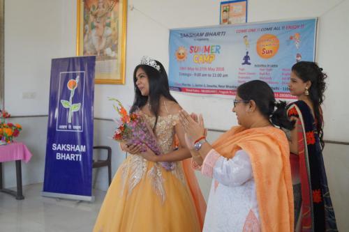 Shikha Saxena (1)-min