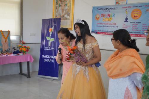 Shikha Saxena (2)-min